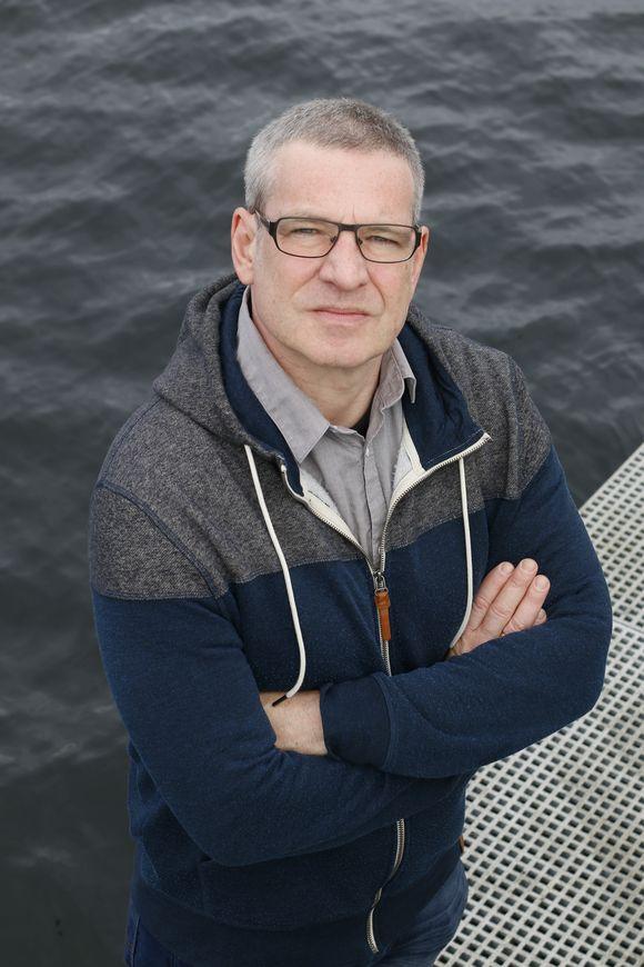 Christopher Ecker